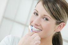 Professionelle Zahnreinigung - zahnarztpraxis-richard-henschel-prophylaxe